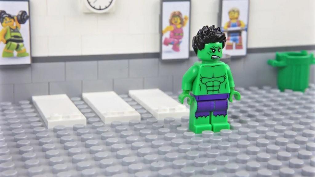 Lego hulk gym