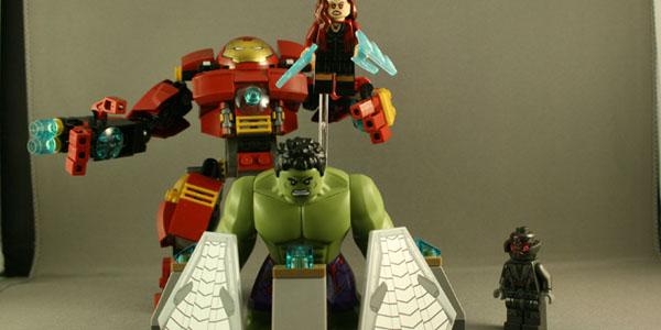 Lego iron man vs spiderman