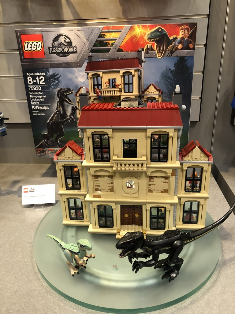 Lego jurassic park indoraptor