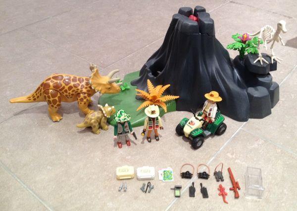 Playmobil volcan