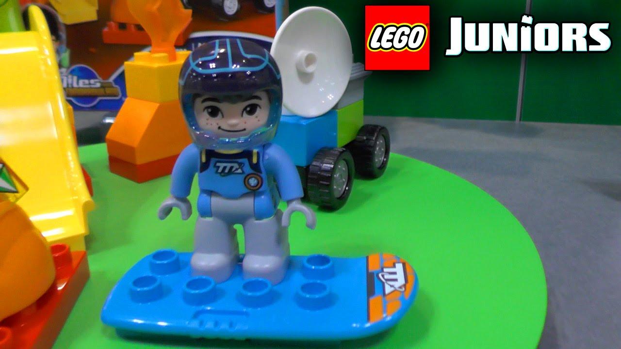 Lego junior or duplo