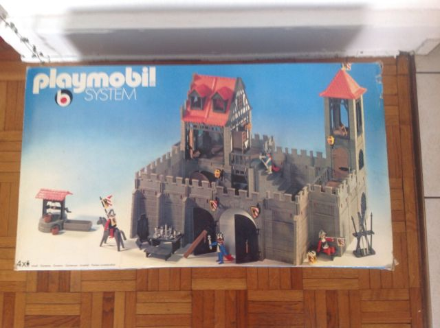 Chateau fort playmobil construction