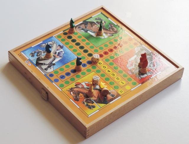 Jeux de société petit chevaux